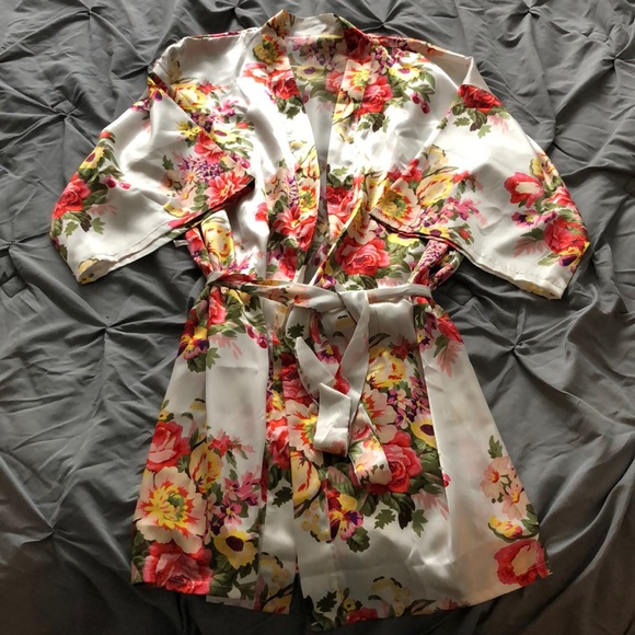 Other - Silk Style Robe